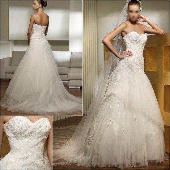 Free Shipping/2011 New arrival/A-line/Sweatheart/Satin&Mesh/Chapel train/Wedding Dress/A1009