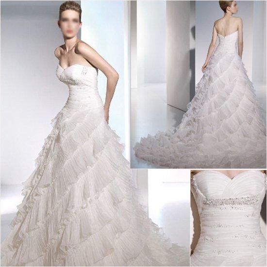 Free Shipping/2011 New arrival/A-line/Sweatheart/Satin&Organza/Chapel train/Wedding Dress/A1065