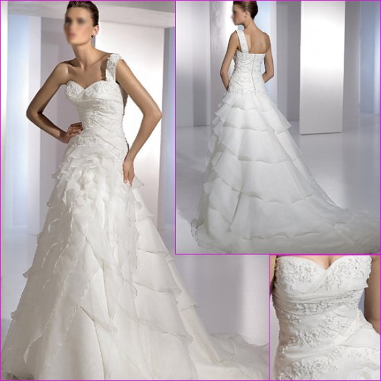 Free Shipping/2011 New arrival/A-line/One shoulder/Satin&Organza/Chapel train/Wedding Dress/A1084
