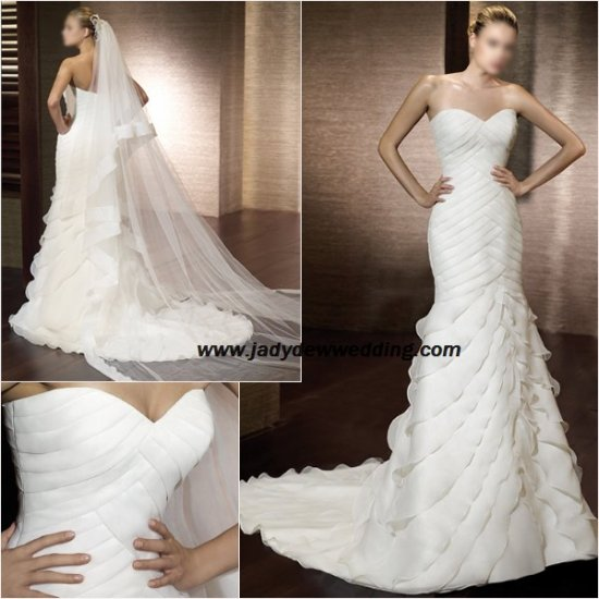 Sheath Organza Chapel train Sweetheart Bridal Gown A1162
