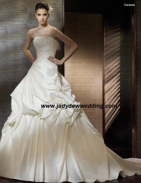 Free Shipping/2011 New arrival/A-line/Strapless/Satin/Chapel train/Wedding Dress/A1189
