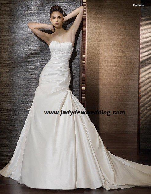 Free Shipping/2011 New arrival/A-line/Strapless/Taffeta/Chapel train/Wedding Dress/A1181