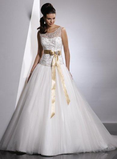 Free Shipping/A-line/Off the shoulder/Organza/Chapel train/Bridal Wedding Dress/GG027