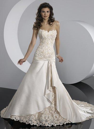 Hot selling /Free Shipping/A-line/Sweatheart/Satin&Lace/Chapel train/Bridal Wedding Dress/GG073