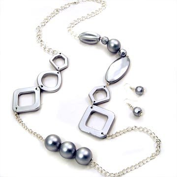 Geometrical Long Necklace with Matching Earrings Grey