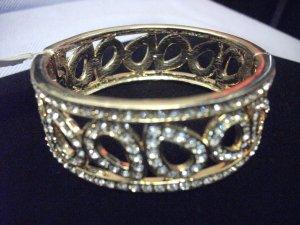 Rhinestone Teardrop Gold Tone Hinge Bangle