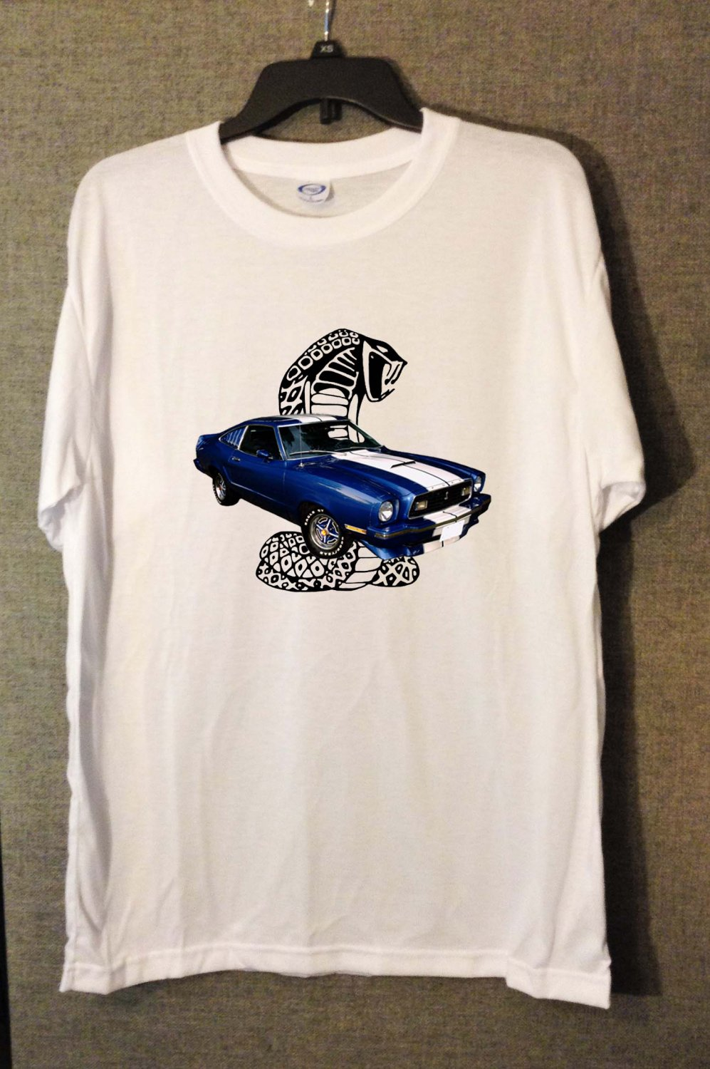 New Blue 1976 Ford Mustang Cobra white T-shirt  (Small)