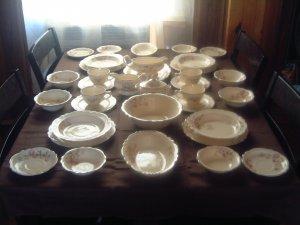 Homer Laughlin Virginia Rose 35 Piece Dinner Set