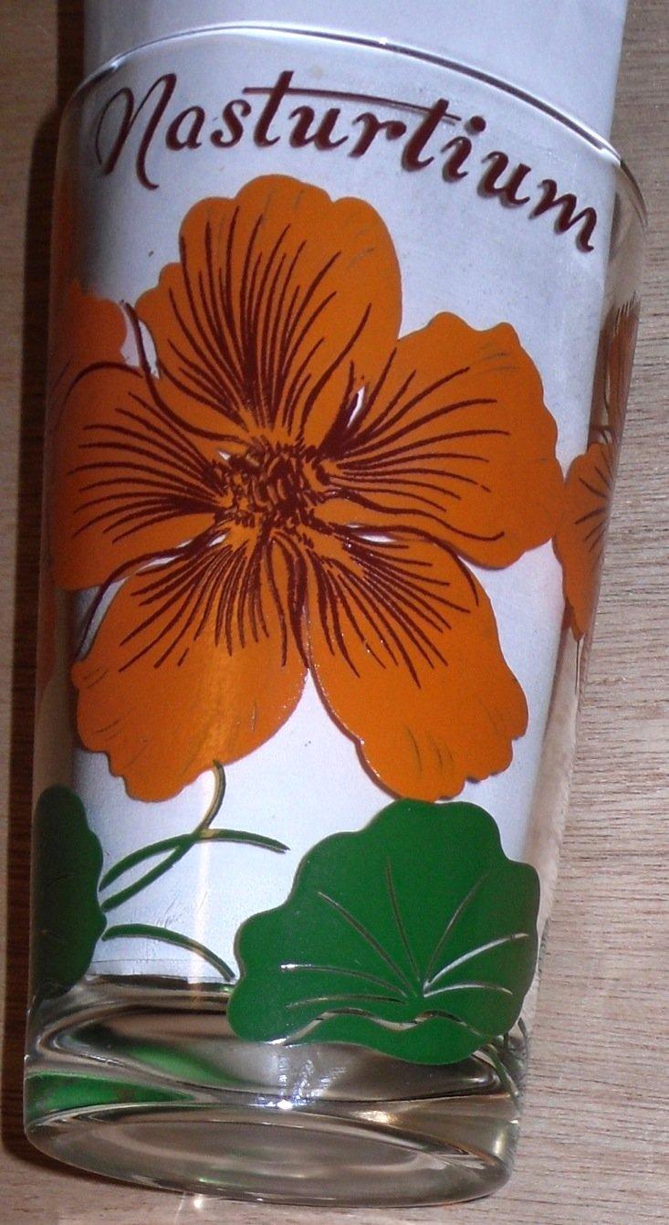 Boscul Peanut Butter Glass Nasturtium Flower