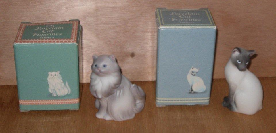 Avon Porcelain Cat Figurines Siamese Persian
