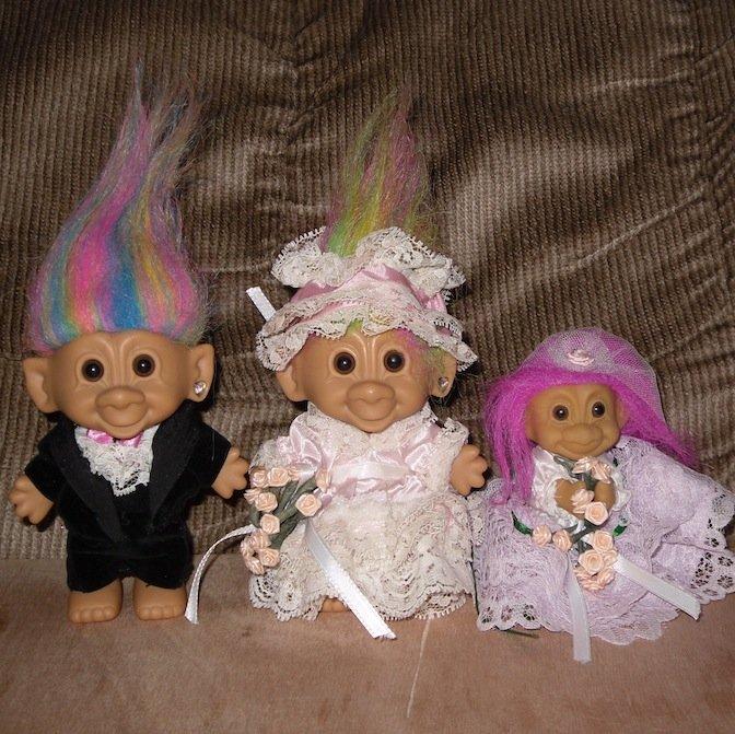 Bride Groom Troll Dolls With Flower Girl