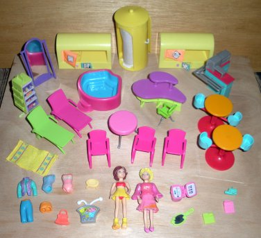 Polly Pocket 2 Dolls, Spa, Store Furniture Lot D