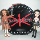 Bratz Pretty in Punk Case with 2 Dolls