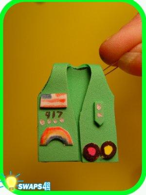 Junior Vest 3-D! Scout SWAPS Craft Kit- Swaps4Less