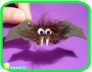 Romania Vampire Bat Scout SWAPS Craft Kit - SWAPS4less