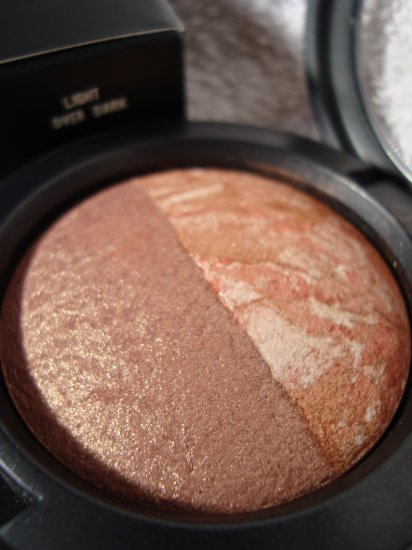 "MAC Mineralize Duo Blush ""Light Over Dark"" Pret-A-Papier Limited Edition"