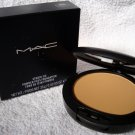 MAC STUDIO FIX + POWDER FOUNDATION NC43