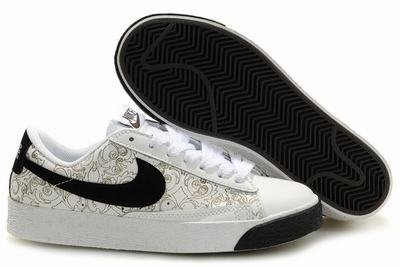 Blazer Low-Black/Creme-118028