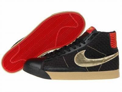 Blazer High-Black/Gold/Red-117993