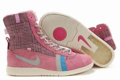 Nike Carpenterworm-Pink Plaid-118238