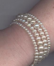 Faux Pearl Graduated Bracelet