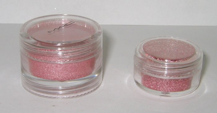 MAC - Stacked 1! Peach Pigment Sample