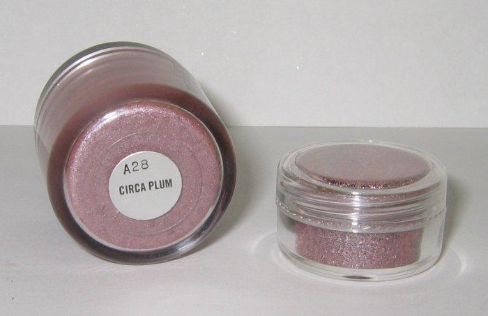 MAC - Circa Plum 1/4 tsp Pigment Sample