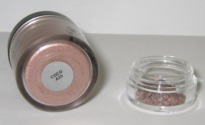 MAC - Coco 1/4 tsp Pigment Sample HTF - RARE!
