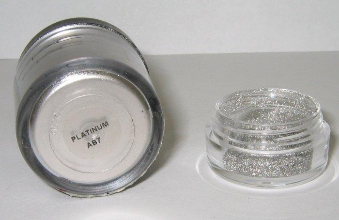 MAC - Platinum 1/4 tsp Pigment Sample