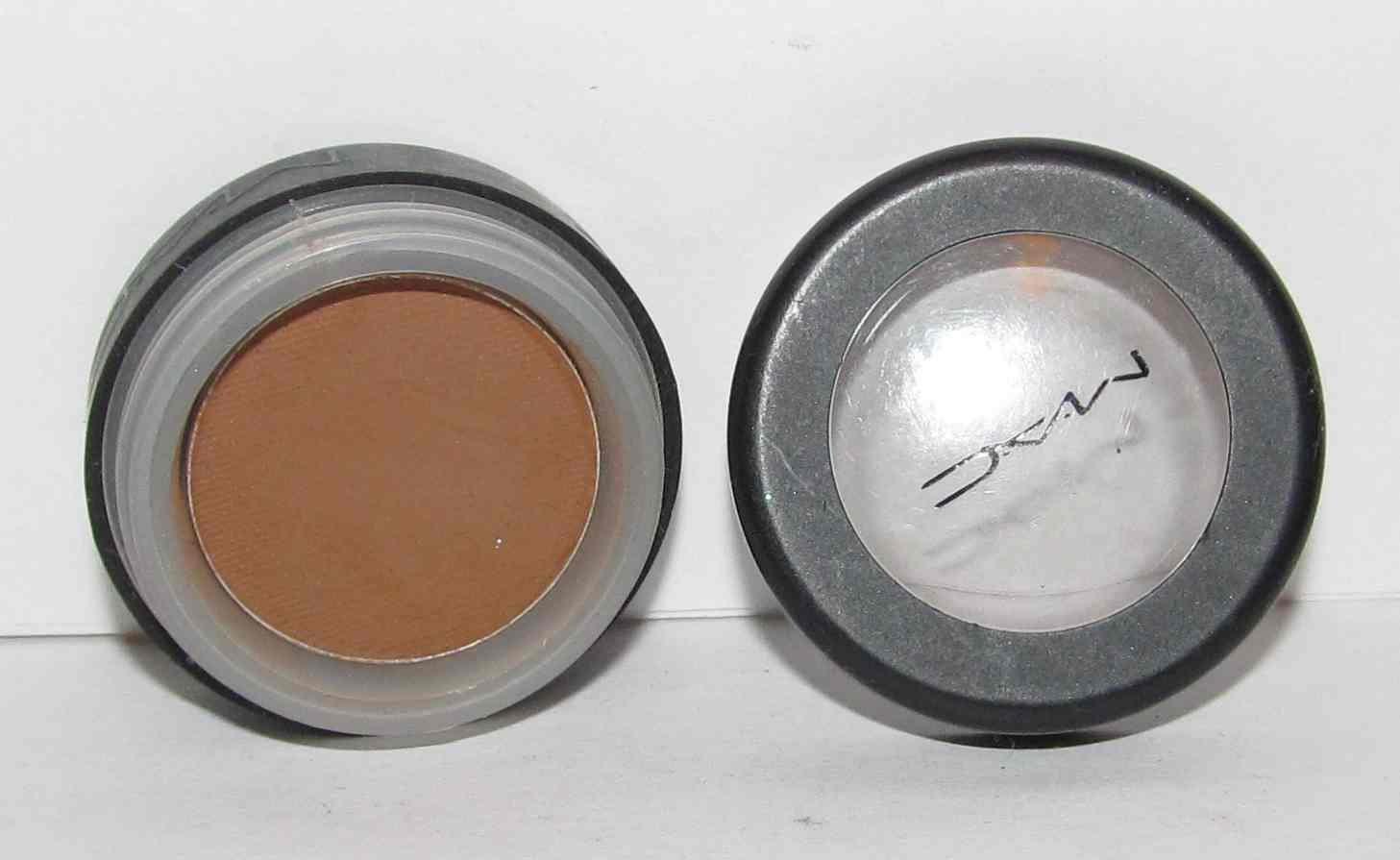 MAC - Cork Eye Shadow
