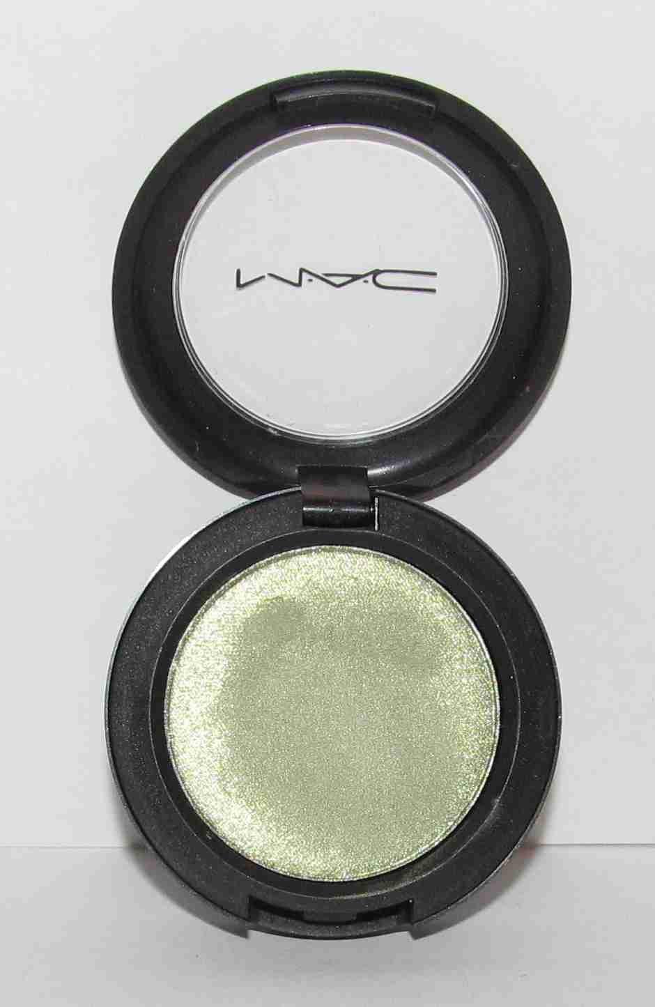 MAC Overtint Green - Colour Theory Eye Shadow - VHTF - RARE