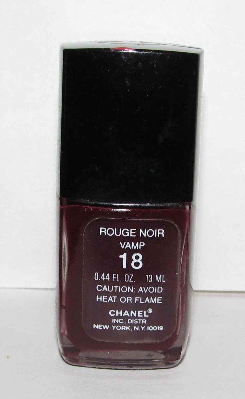 CHANEL - Rouge Noir Vamp 18 Nail Polish NWOB