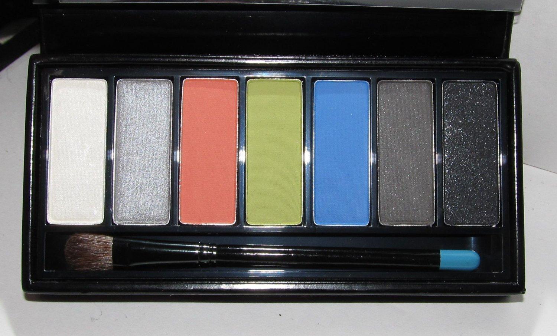 MAC - 7 Eyes: Coral Palette - HTF NEW
