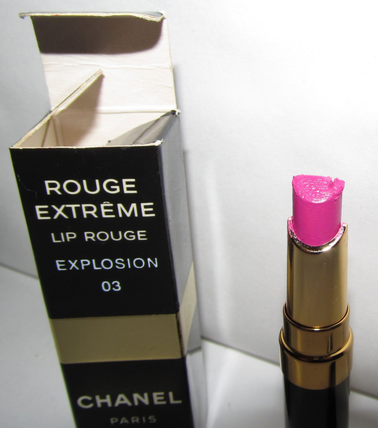 CHANEL Lipstick - Rouge Extreme - Explosion 03 - RARE