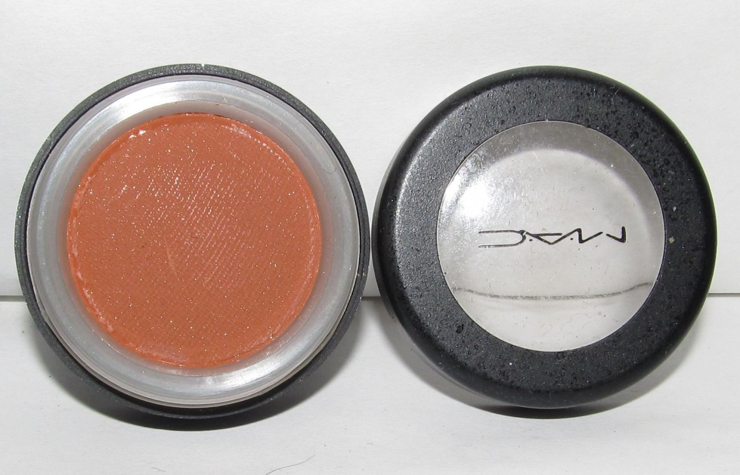MAC Eye Shadow - Coppera HTF RARE Older Style Pot NEW