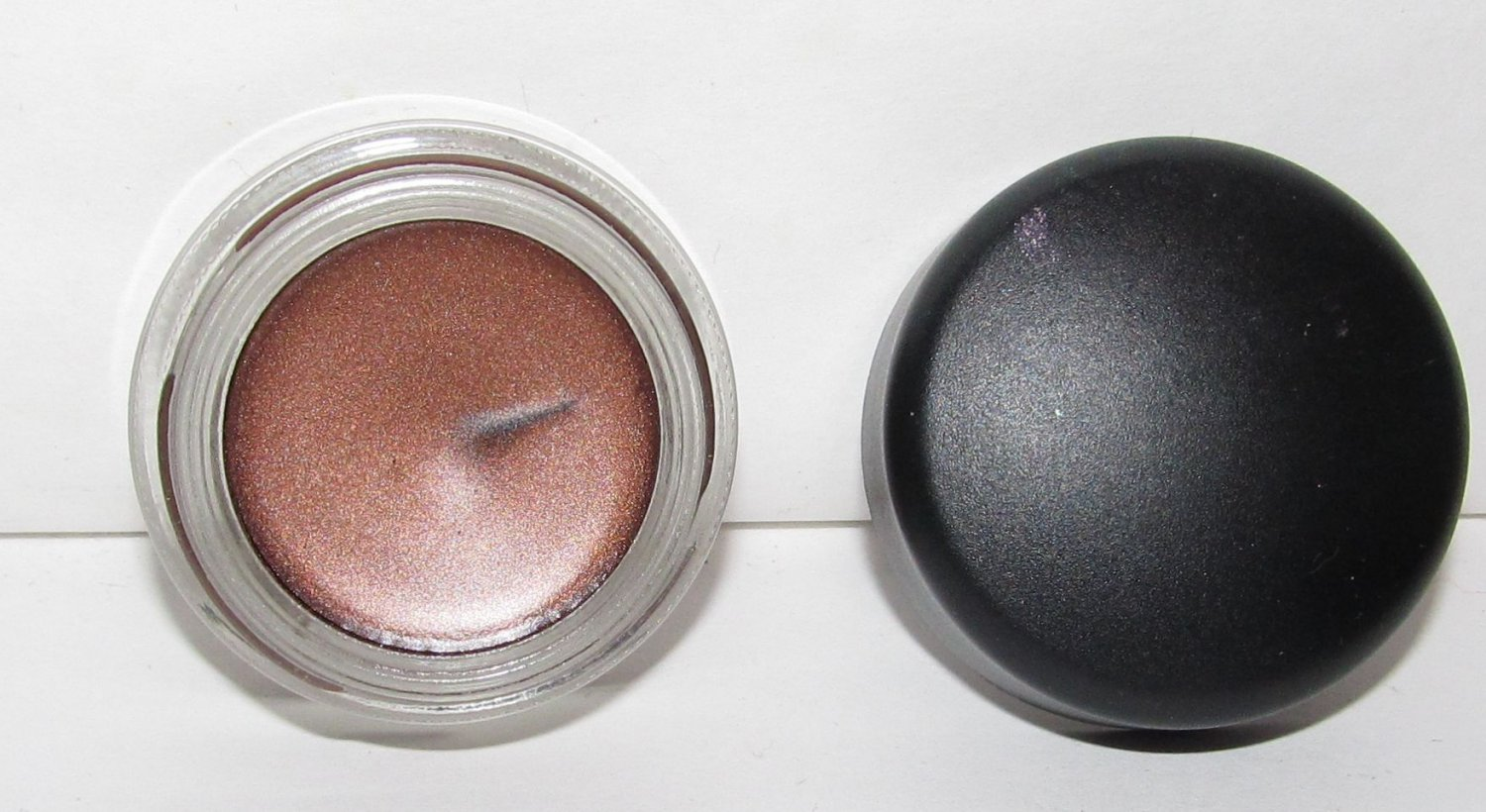 MAC Paint Pot - Eclair - NEW