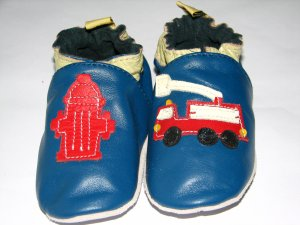 Happy kids Fire engine