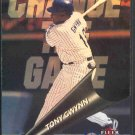2000 Fleer Gamers Change the Game #CG10 TONY GWYNN
