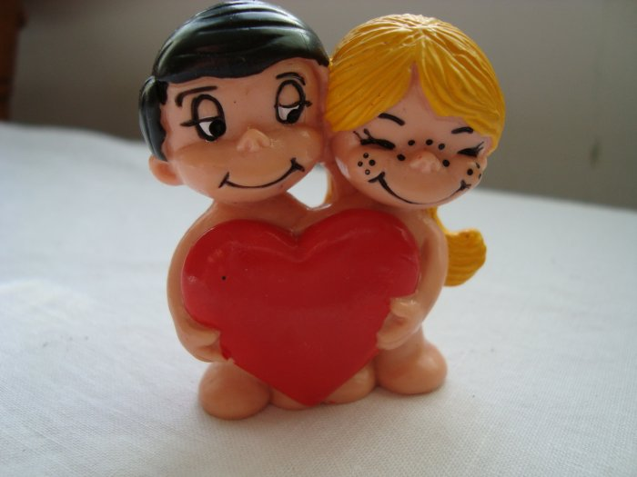 Love is...by Kim couple figurine Schleich West Germany