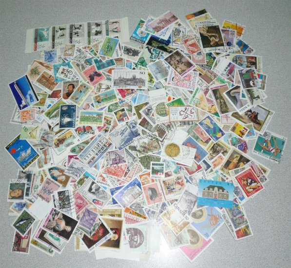 1000+ FOREIGN Stamps, Off Paper. Hi Quality Mixture