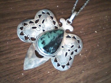 ( 7.0 cm x 6.0 cm ) Genuine Agate Jade Butterfly Shape Pendant and 20 inch Chain