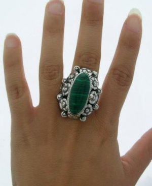 OLD TAXCO MALACHITE SILVER ADJUSTABLE POISON RING