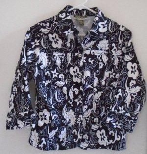 WOMEN'S Blouse Black White Floral Button Down Size Small Mirror Image Short