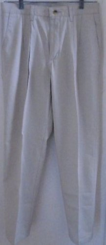 MEN'S PANTS BEIGE 32 x 32 Pleated Front Timber Creek Pockets Casual NWT