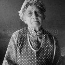 DOROTHEA LANGE PHOTO DEPRESSION OLD WOMAN VINTAGE APRON HISTORIC OLD 1939