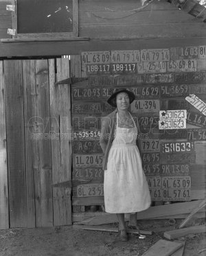 Photograph of Dorothea Lange's Migrant Mother
