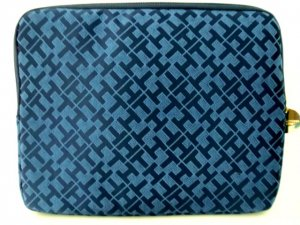 """Tommy Hilfiger Tech Zip case for Tablet, Notebook, Ipad, 10"""" laptop Navy/Blue"""