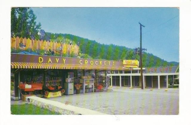 New Vintage Postcard, Davy Crockett Shop,  Very Good Condition
