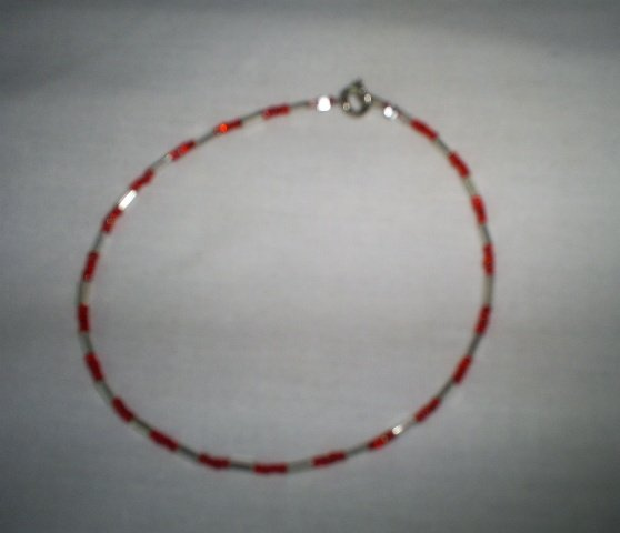 """Handcrafted Beaded  Red/Silver Ankle Bracelet, 9 1/2""""   New"""