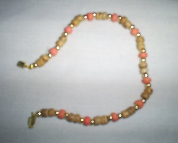 "Handcrafted Beaded  Bracelet, 8""   New"